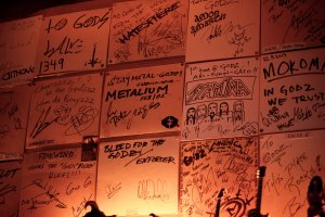 Messages from bands and fans on the bar's walls