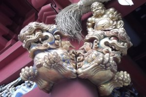 Carved decoration at Sengen-jinja shrine in Shizuoka City