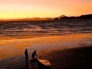 Imagine surfing here everyday?!