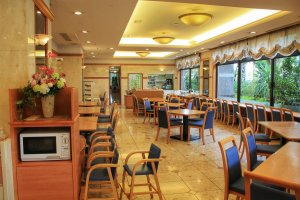 The dining room where breakfast is served in the morning