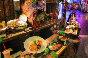 Food display in front of the Rainforest Café