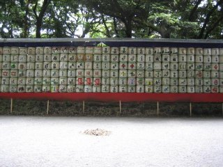 Sake barrels on the way to the shrine buildings