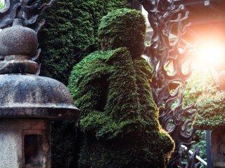 Statue de Fudô dans la lumière