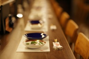 Kutani pottery is found throughout the restaurant