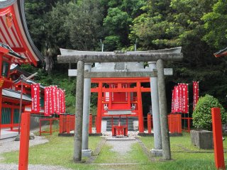 This smaller shrine next to the main shrine was also lovely