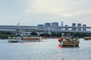Restaurant boats
