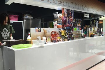 Gundam Cafe- Stasiun Tokyo