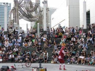 Street performance in Yokohama