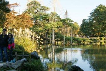 สวนเค็นโรคุเอ็น (Kenrokuen Garden)