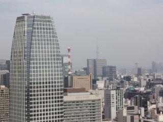 Au loin la Tokyo Sky Tree