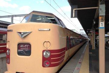 기차타고 아마노하시다테에서 코베로 가다