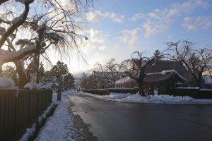 The snowy streets of Kakunodate
