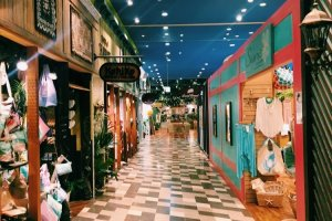 Hawaiian themed shops and restaurant area