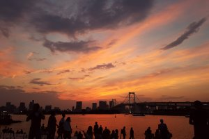 A shot of the sunset at Odaiba Marine Park