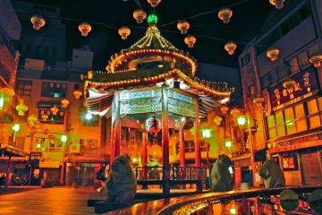 神戸元町 中華街の夕べ