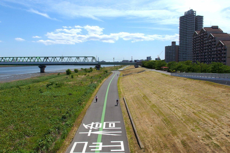 Arakawa River Running/Cycling Trail