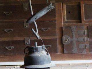 É possível entrar no interior das habitações posteriores à Era Meiji que se encontram expostas