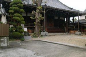 Another temple in Yamato-Koriyama