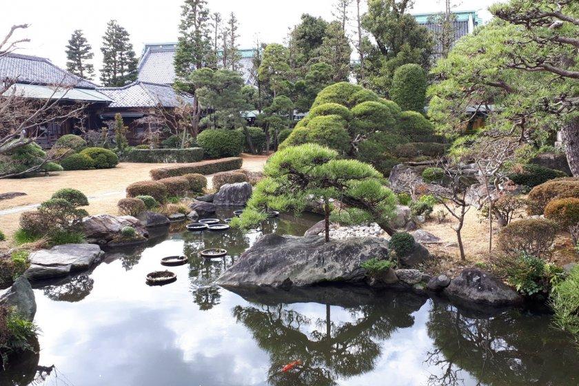 Suikei-en garden