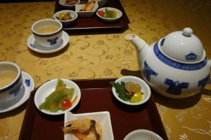 Their concept is Chinese dishes arranged in harmony with Japan's four seasons.