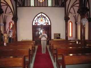 祭壇から見た青砂ヶ浦天主堂内部