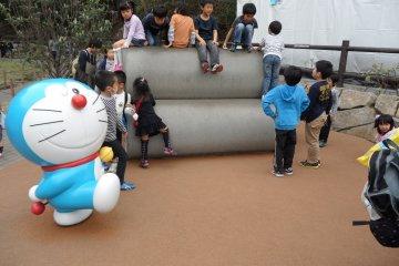 <p>สนามเด็กเล่นของโนบิตะที่นัดเจอกับเพื่อนๆ</p>