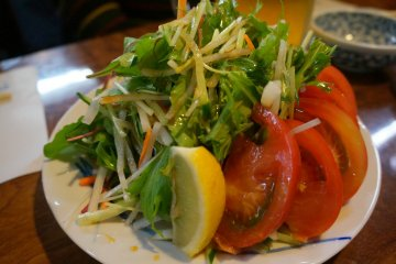 <p>A simple salad but very fresh. Andy&#39;s only serves the best</p>