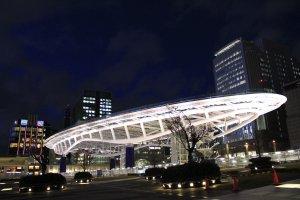 ตึก Oasis21 สถาปัตยกรรมที่มีความโดดเด่นเฉพาะตัว