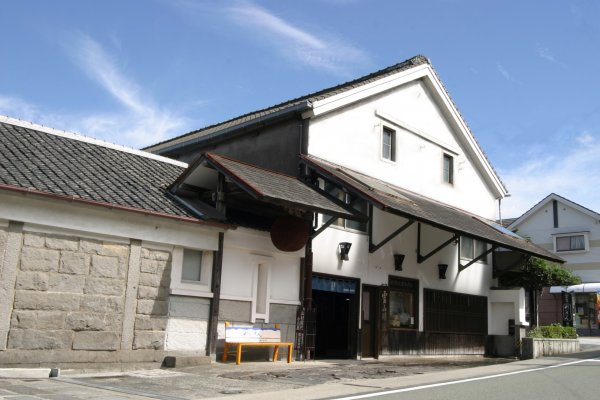 Reizan sake maker, Yamamura Shuzo General Partnership Corp.