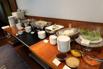 <p>the b breakfast! Great combination of Japanese and Western style</p>