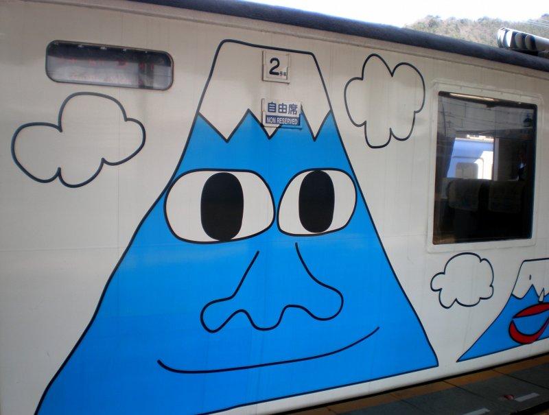 <p>ไม่ผิดขบวนแน่นอน รถไฟไปชมฟูจิซัง</p>