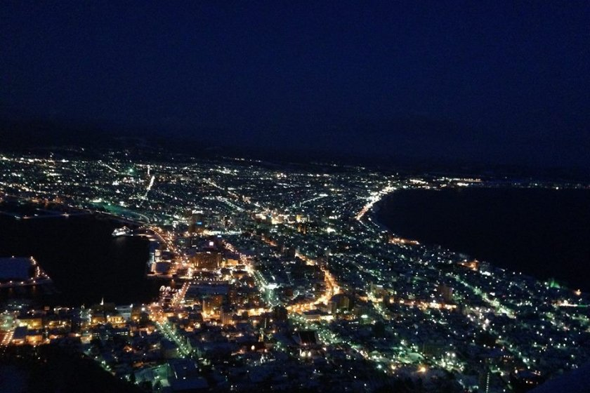 ขึ้นกระเช้าไปชมวิวสวยติดอันดับโลกของเมืองฮาโกดาเตะครับ