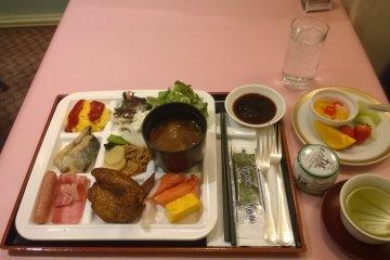 <p>The last day breakfast</p>