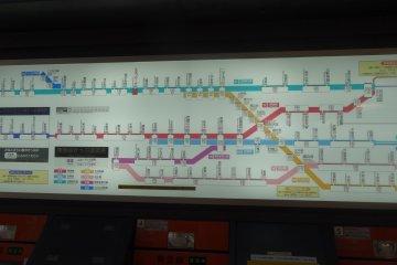 <p>Train map &ndash; predominantly in Japanese</p>