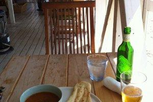 Keema curry, nan and Heartland beer