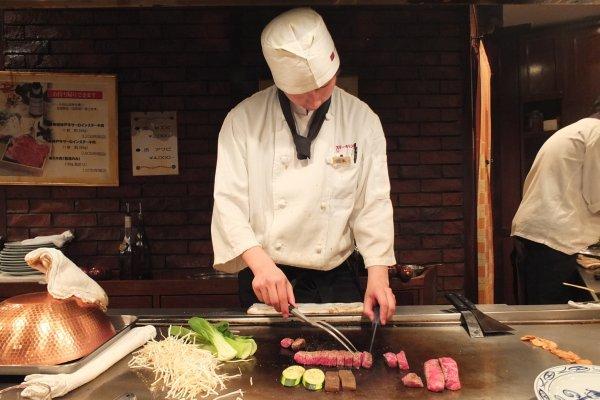 Kobe Stake Land ร้านเนื้อโกเบดีๆที่ไม่ควรพลาดเมื่อมาโกเบ