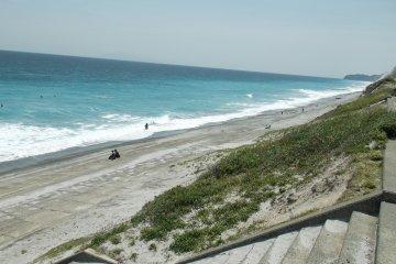 ركوب الامواج في طوكيو:جزيرة نييجيما