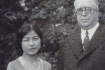 Soon after his arrival, he met a Japanese woman, Tamono Ishii. They become very close, and Tamano began to work as his secretary in his office and partner in his home.