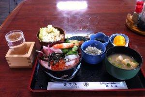 Fresh seafood and sake