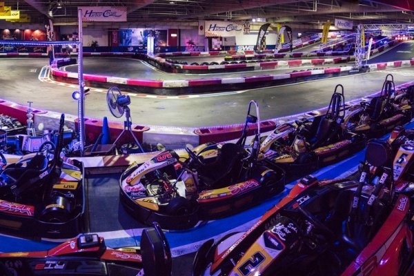 Harbor Circuit Indoor Karting Chiba Japan Travel