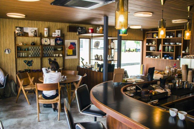<p>The Fuglen Tokyo branch cafe</p>