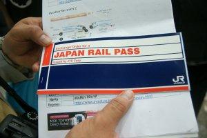 Exchange Order หรือคูปองตั๋วJR PASS ที่ซื้อกับตัวแทนจำหน่ายตั๋วJR PASS เพื่อนำไปแลกตั๋วJR PASS เมื่อเดินทางไปถึงประเทศญุี่ปุ่น