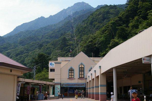 Entranceway to Gozaisho