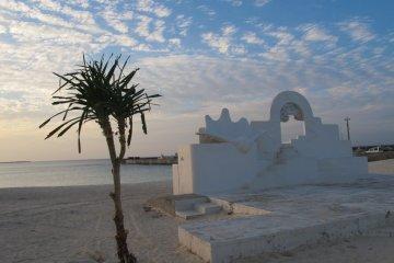 The island has Greek influences as its twinned with Mykonos.
