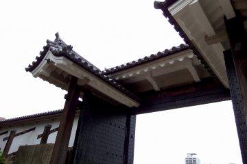 <p>Close-up of the Sakuramon Gate</p>