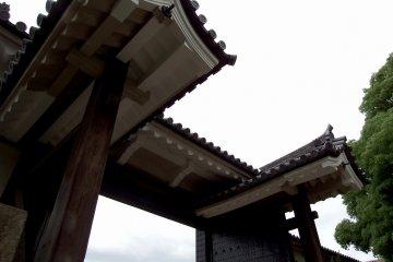 <p>The Sakuramon Gate, an important cultural property of Japan</p>