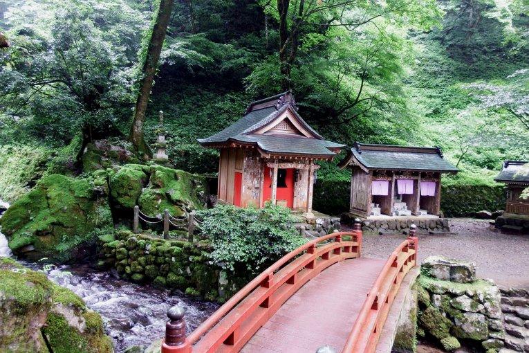 Small Shrines at Eiheiji Temple