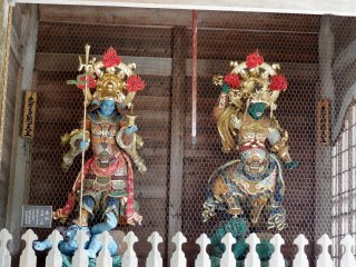The other two statues of 'Four Heavenly Kings'. The King of North (left) and King of the East (right)