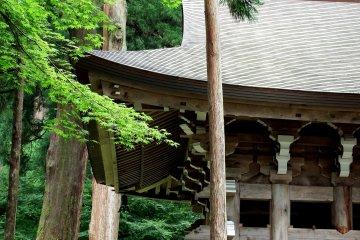 영평사(永平寺)의 종루당