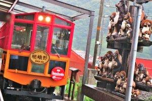 嵯峨嵐山矿车造型小火车